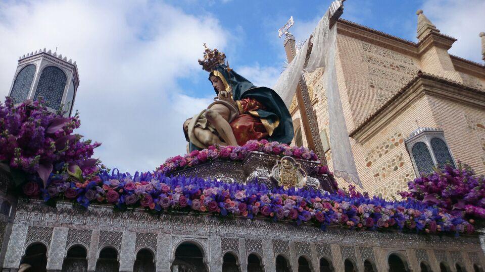 Santa María-Alhambra-SonrieTravel